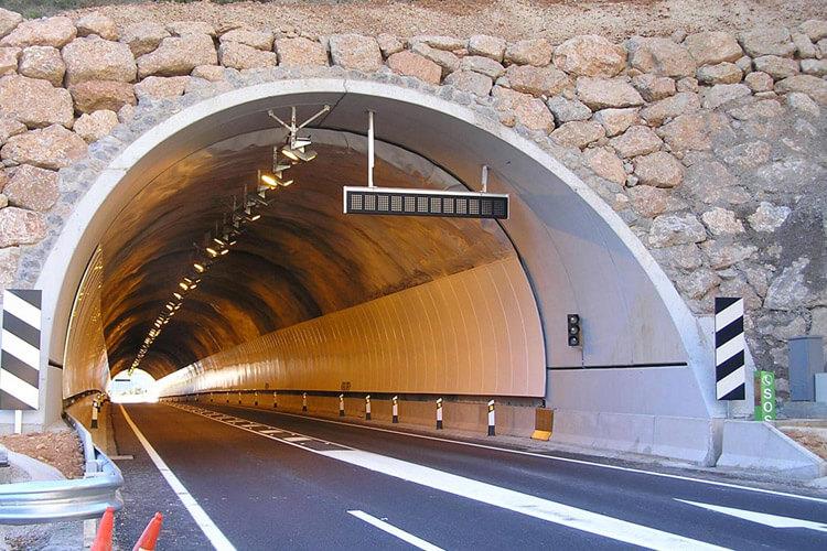 tuneles-oliana2
